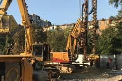 Installation of the retaining wall of ⌀ 620 mm tangential piles (CFA). Site: Residential complex at 96 Peremogy street. Zaporizhia.